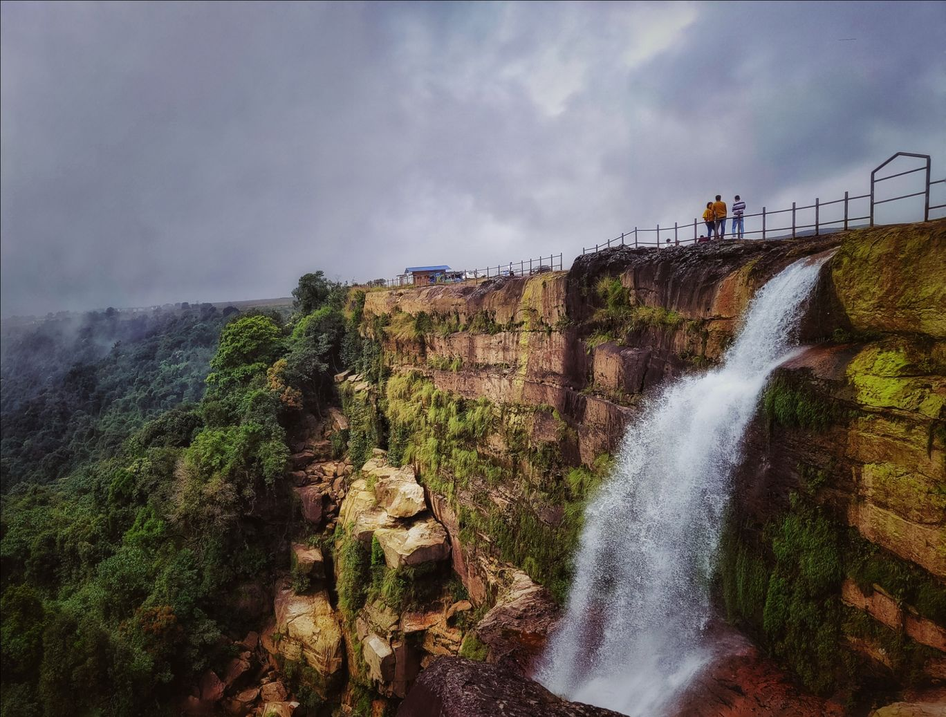 Photo of Dainthlen Falls By Vaibhav Jagtap