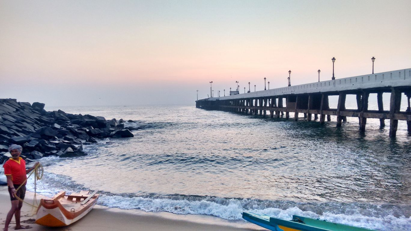 Photo of Pondicherry Beach By vijay ratnam
