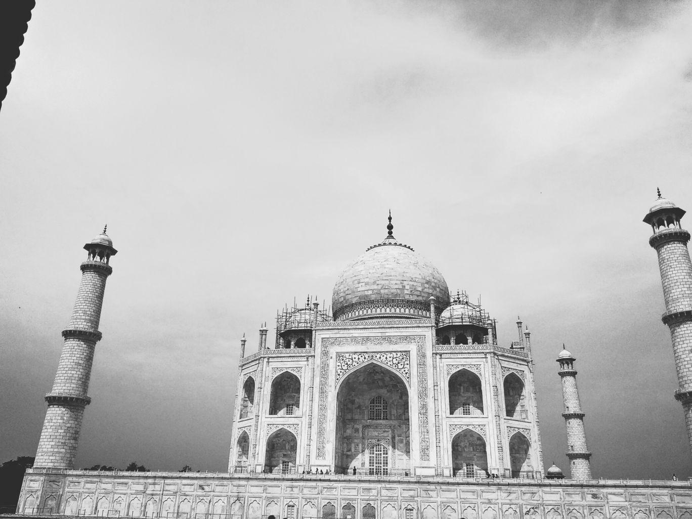 Photo of Agra By Devansh