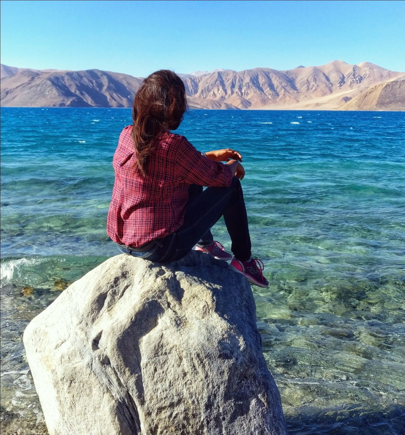 Photo of Pangong Lake By Meghali Ghosh