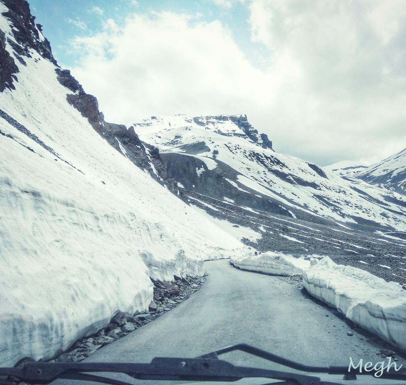 Photo of Srinagar - Ladakh Road By Meghali Ghosh