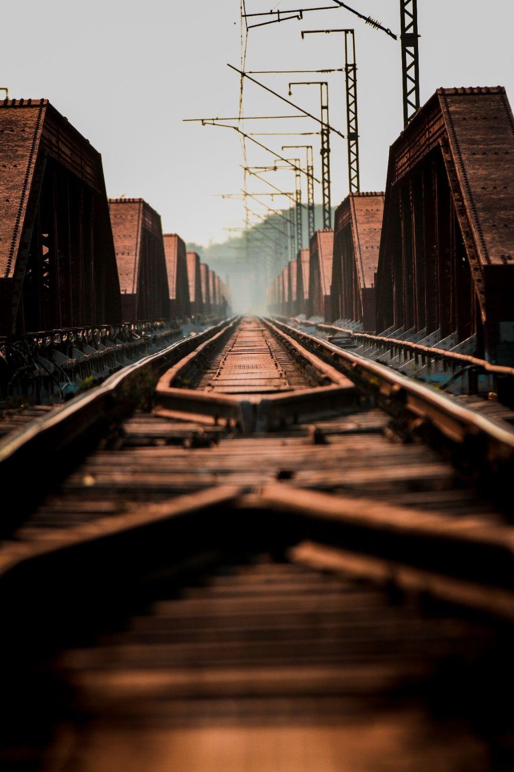 Photo of Old Yamuna Bridge By Nikhlesh tyagi