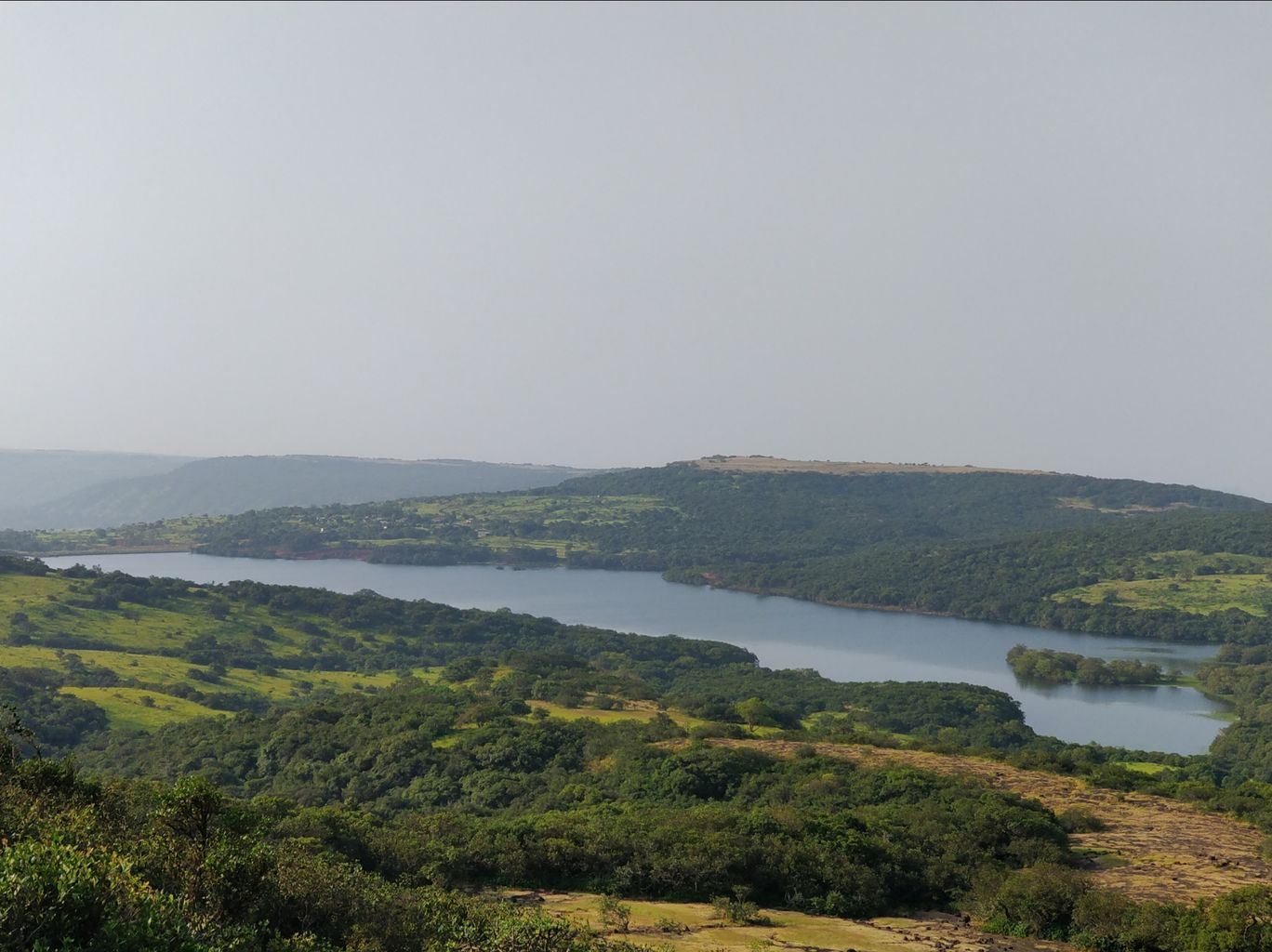 Photo of Kaas Lake By vimal chavda