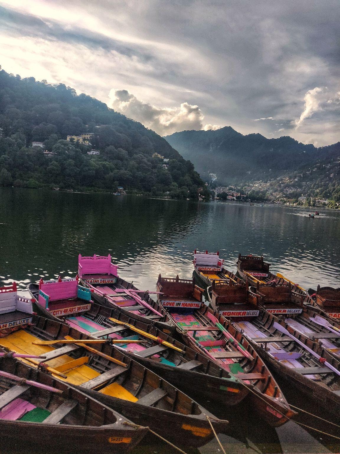 Photo of Nainital Lake By Reshpooran