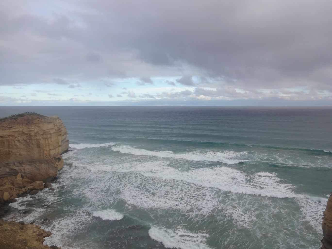 Photo of Great Ocean Road By Mayuresh Wagle