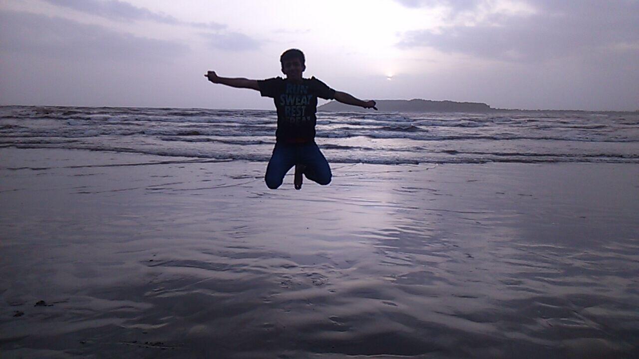 Photo of Baga Beach By Dipesh Purohit