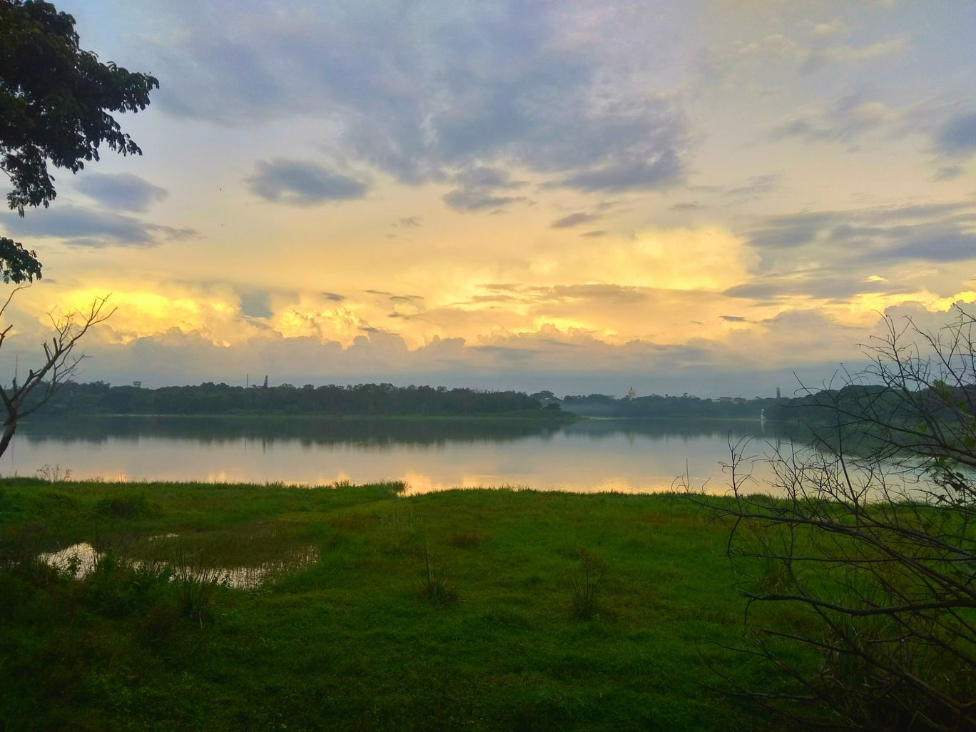 Photo of Kukkarahalli Lake By Puneeth Raj