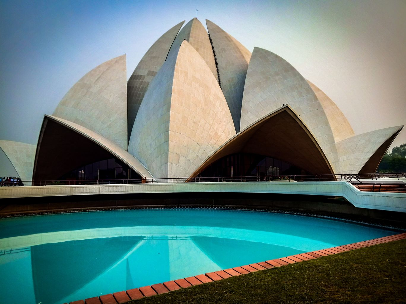 Photo of Lotus Temple Road By Saurabh Suman