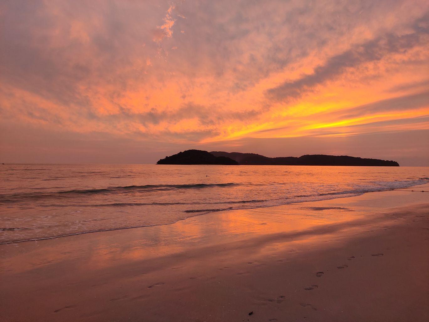 Photo of Cenang Beach By Raja Ghosal