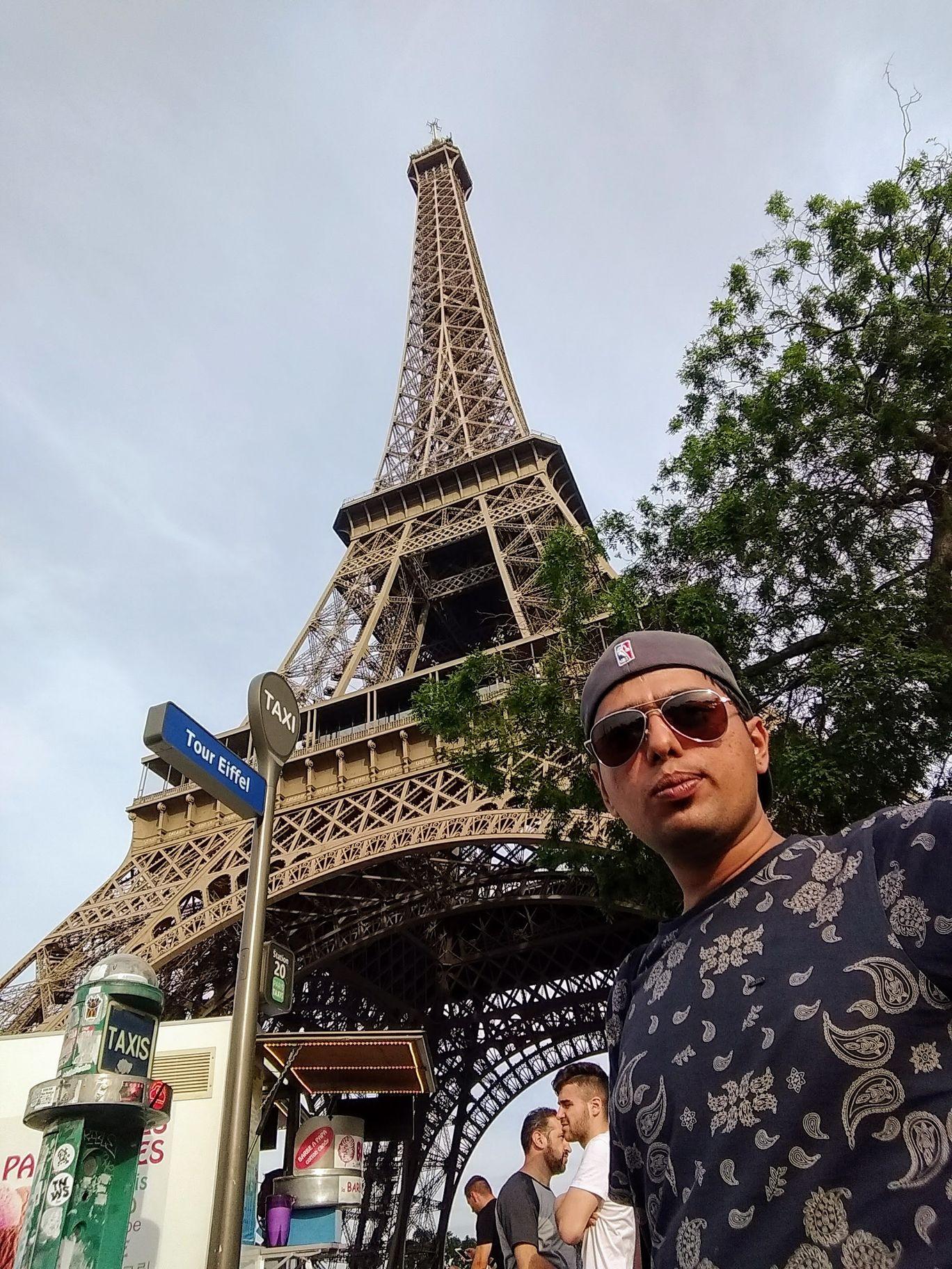 Photo of Tour Eiffel By Prateek Agrawal