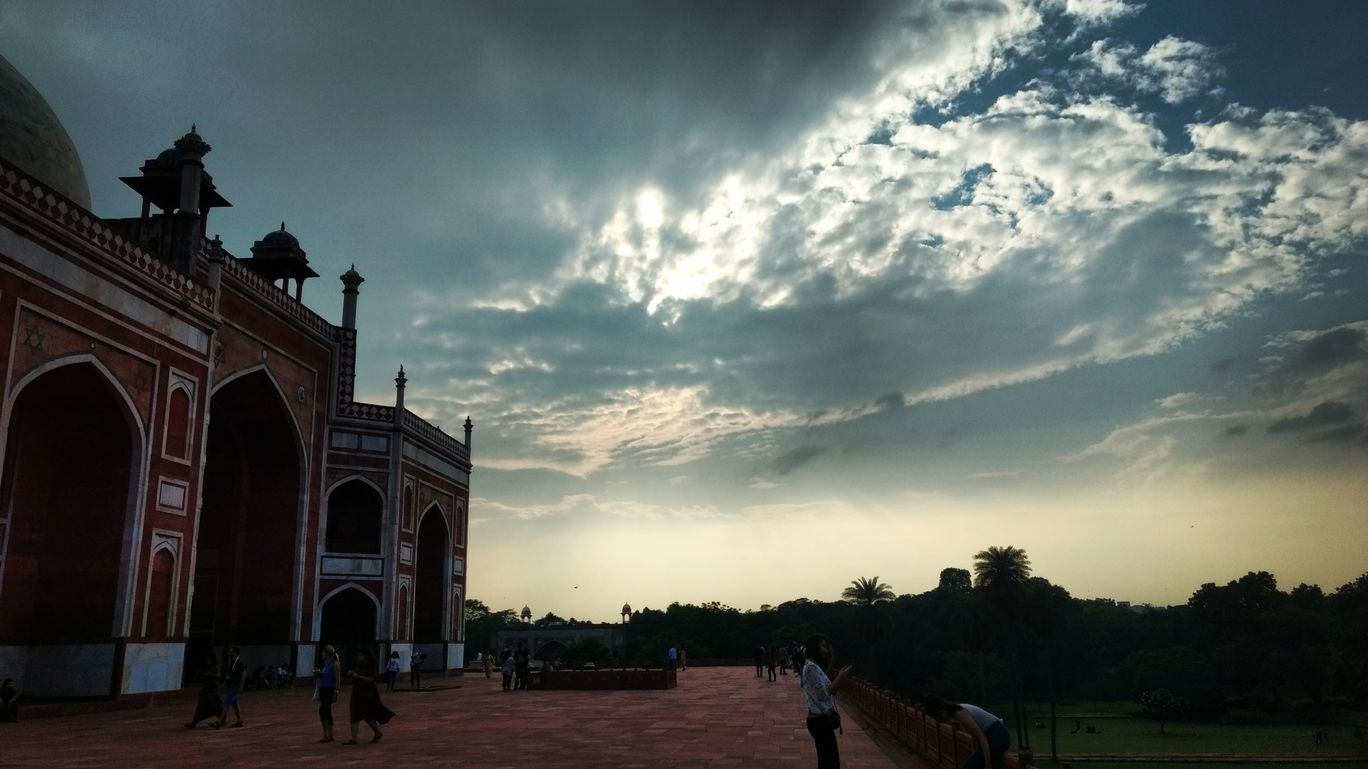 Photo of Delhi By Sumair Chaudhary