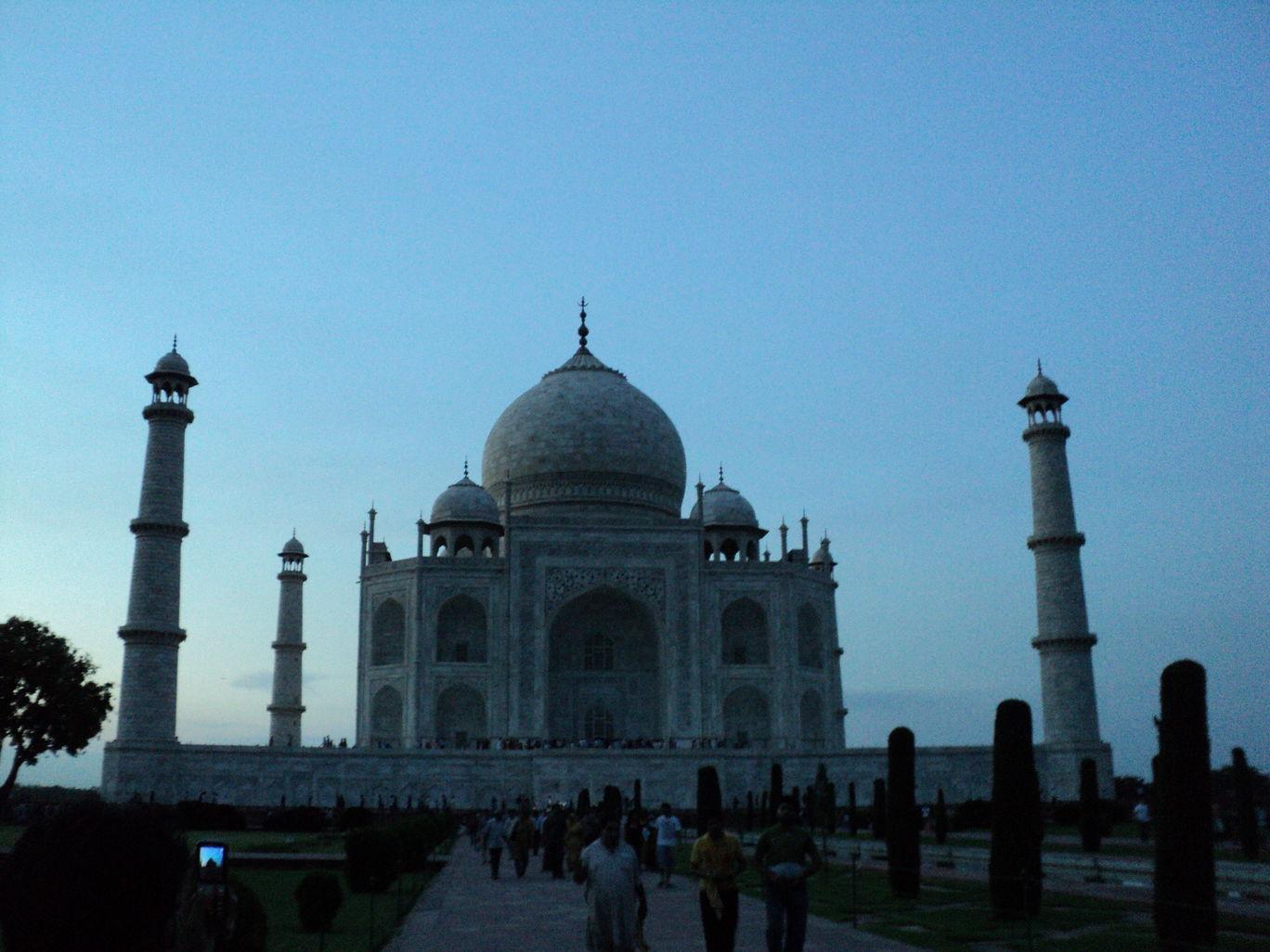 Photo of Taj Mahal By Ratul Sonowal