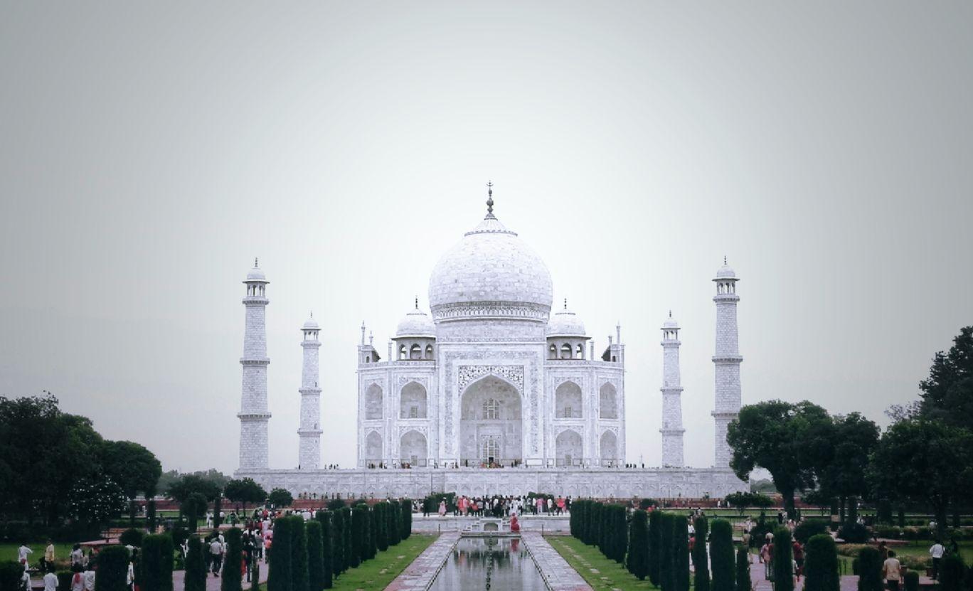 Photo of Taj Mahal By Rakesh Krishnan G R