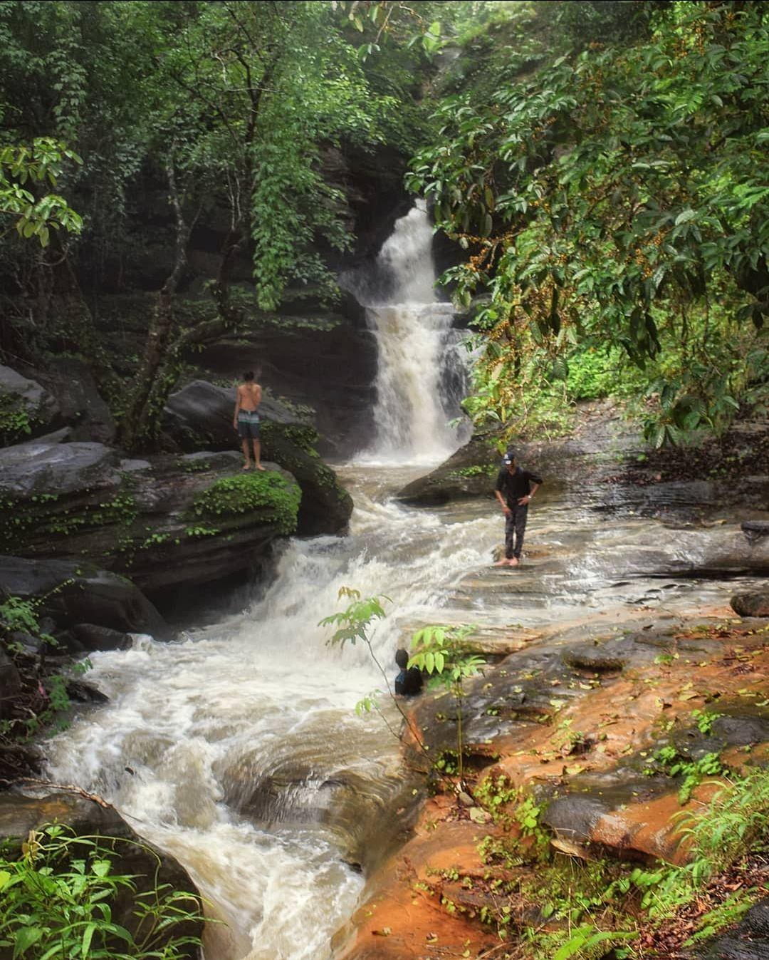 Photo of Ermayi Water Falls By Varun Nayak