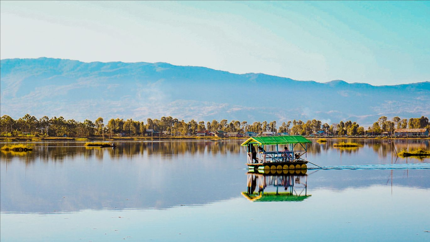 Photo of Loktak Lake By Javit soi