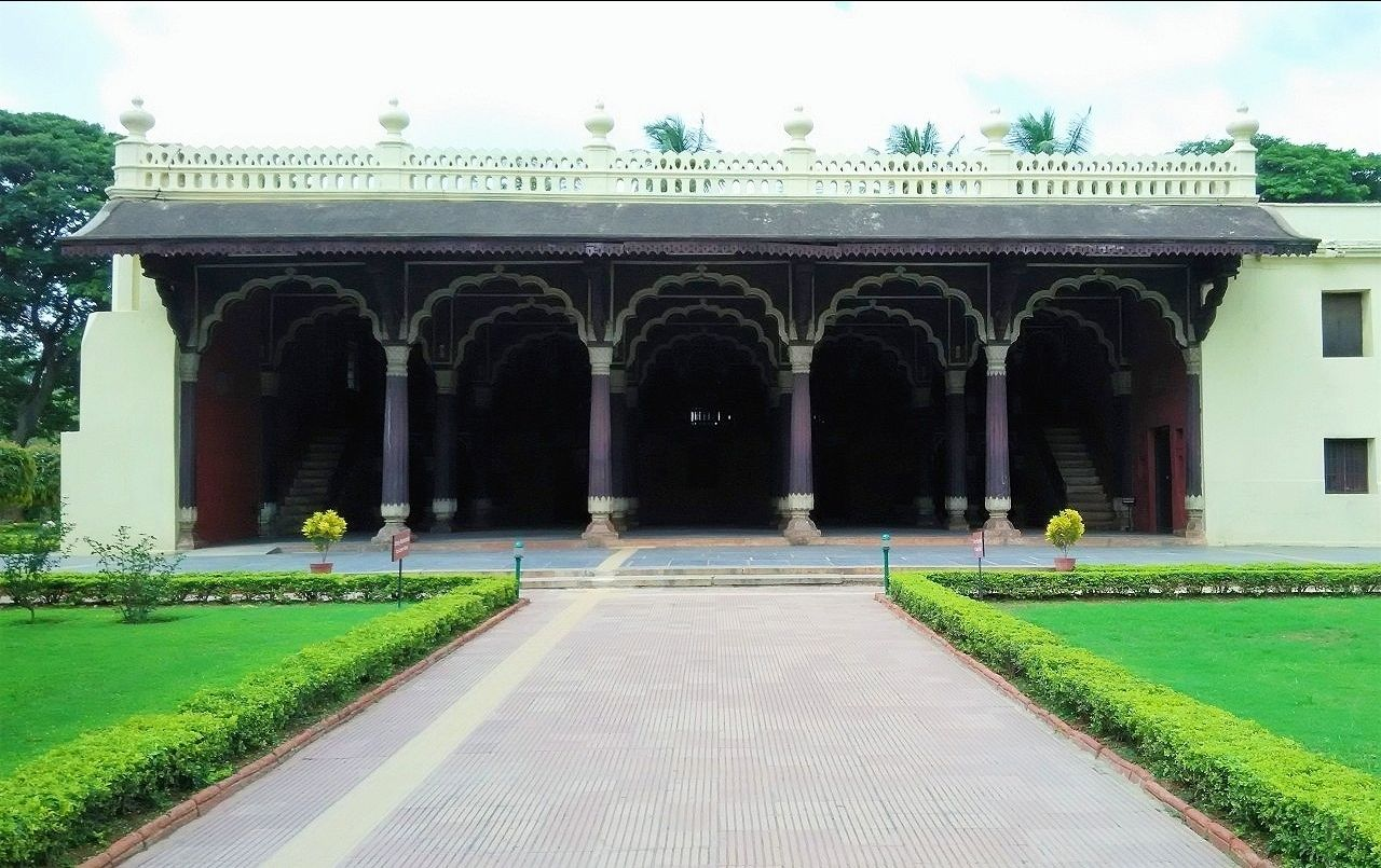 Photo of Tipu Sultan's Summer Palace By featkolhapuri