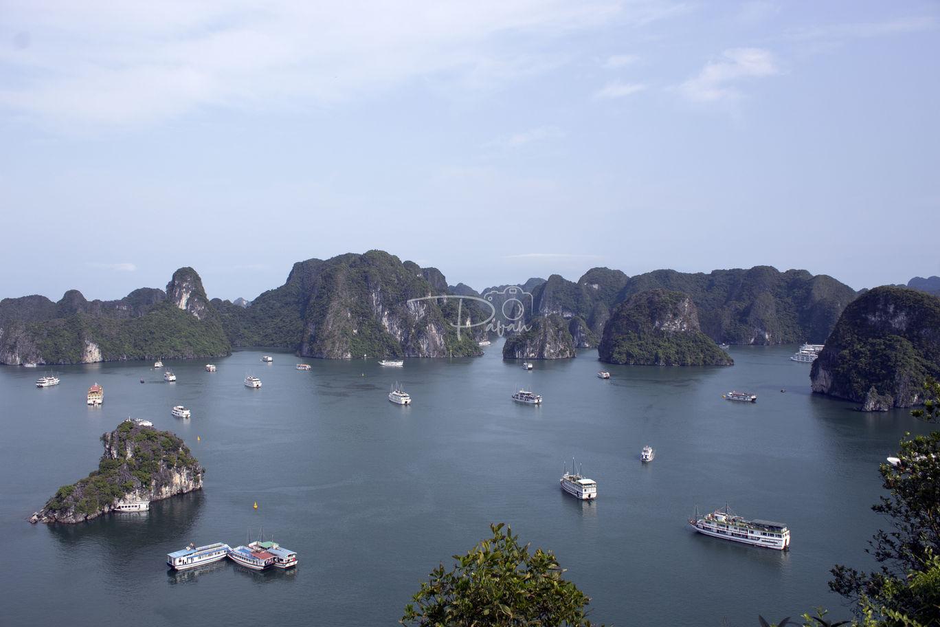 Photo of Hạ Long Bay By Pavan Kumar