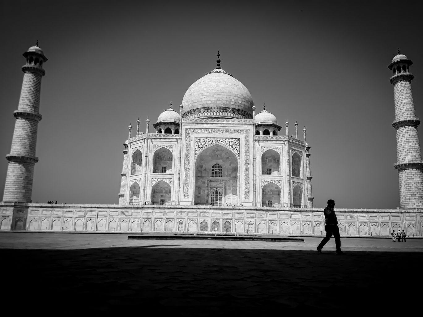 Photo of Taj Mahal By Harshit Jaiswal
