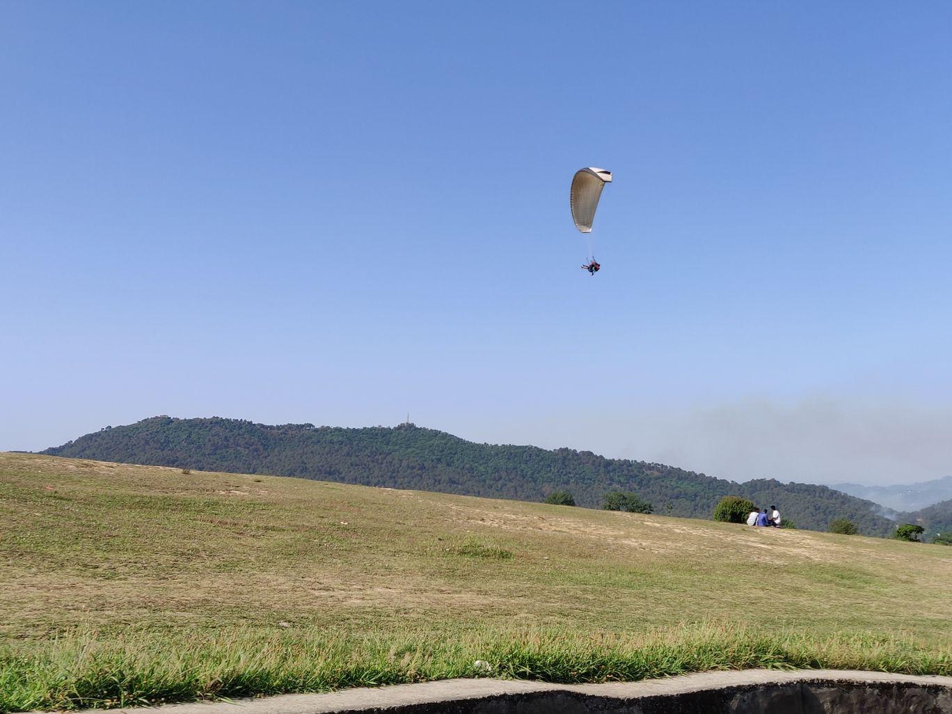 Photo of Bir Billing Paragliding By Chetna Sindhu