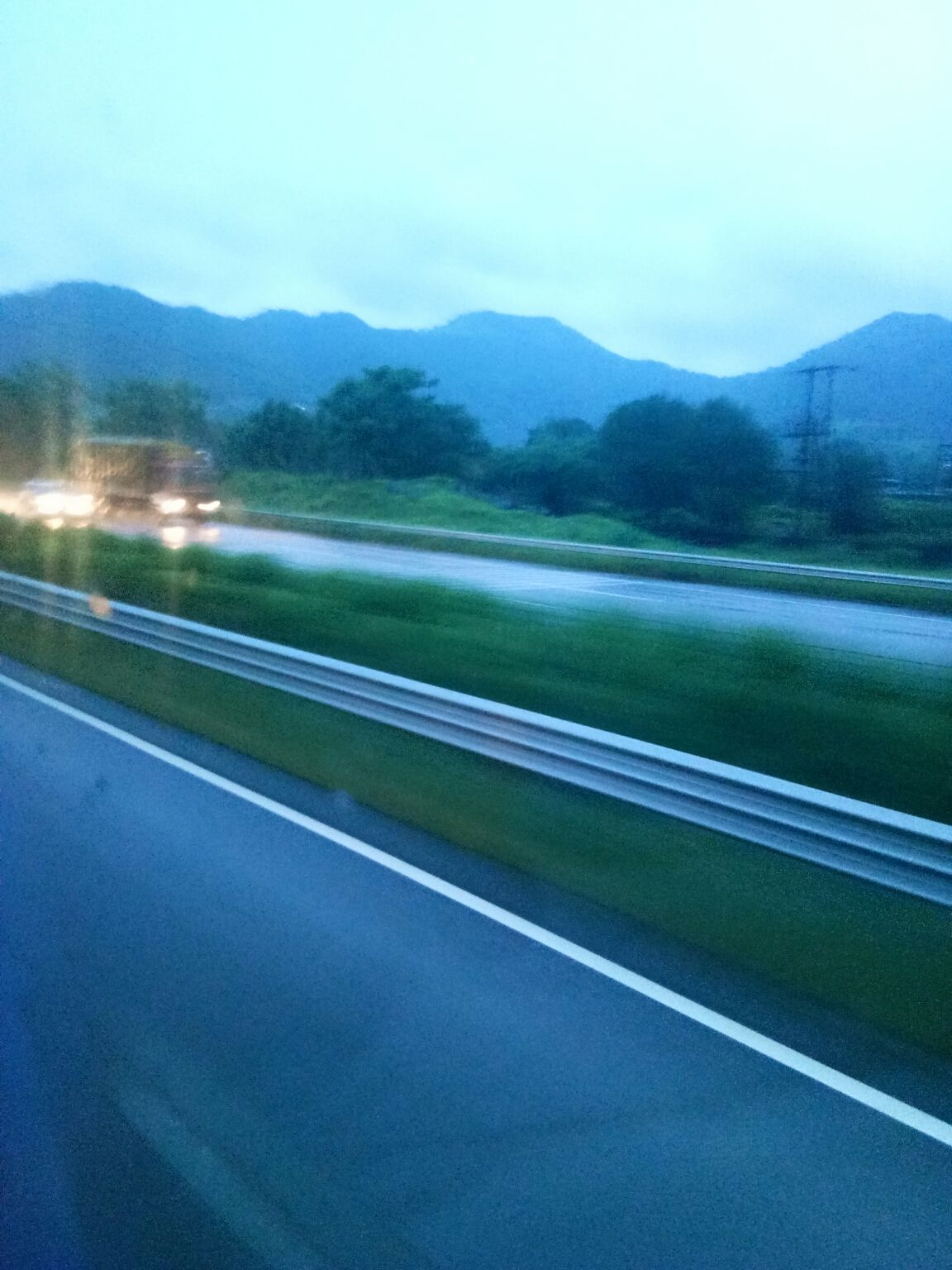 Photo of Mumbai - Pune Expressway By Priya Jain