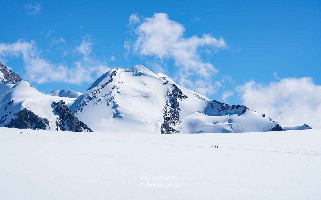 Photo of Switzerland By Rahul Vangani