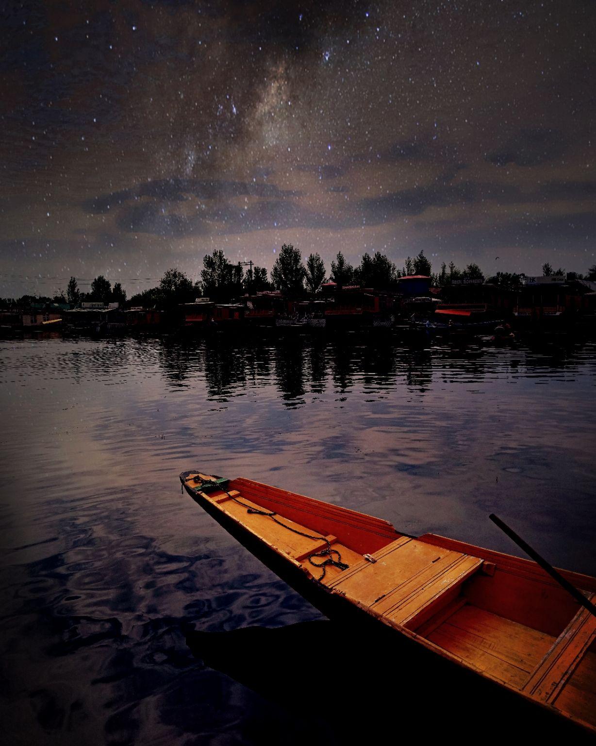 Photo of Dal Lake By GauRav Kohli