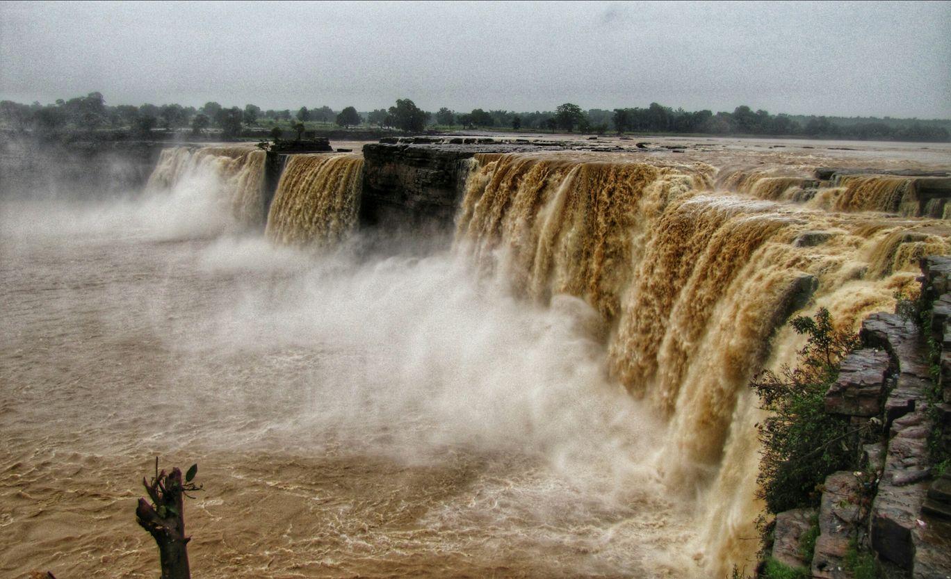 Photo of Chitrakote Waterfalls | Niagara Falls Of India By Abhinav Muley
