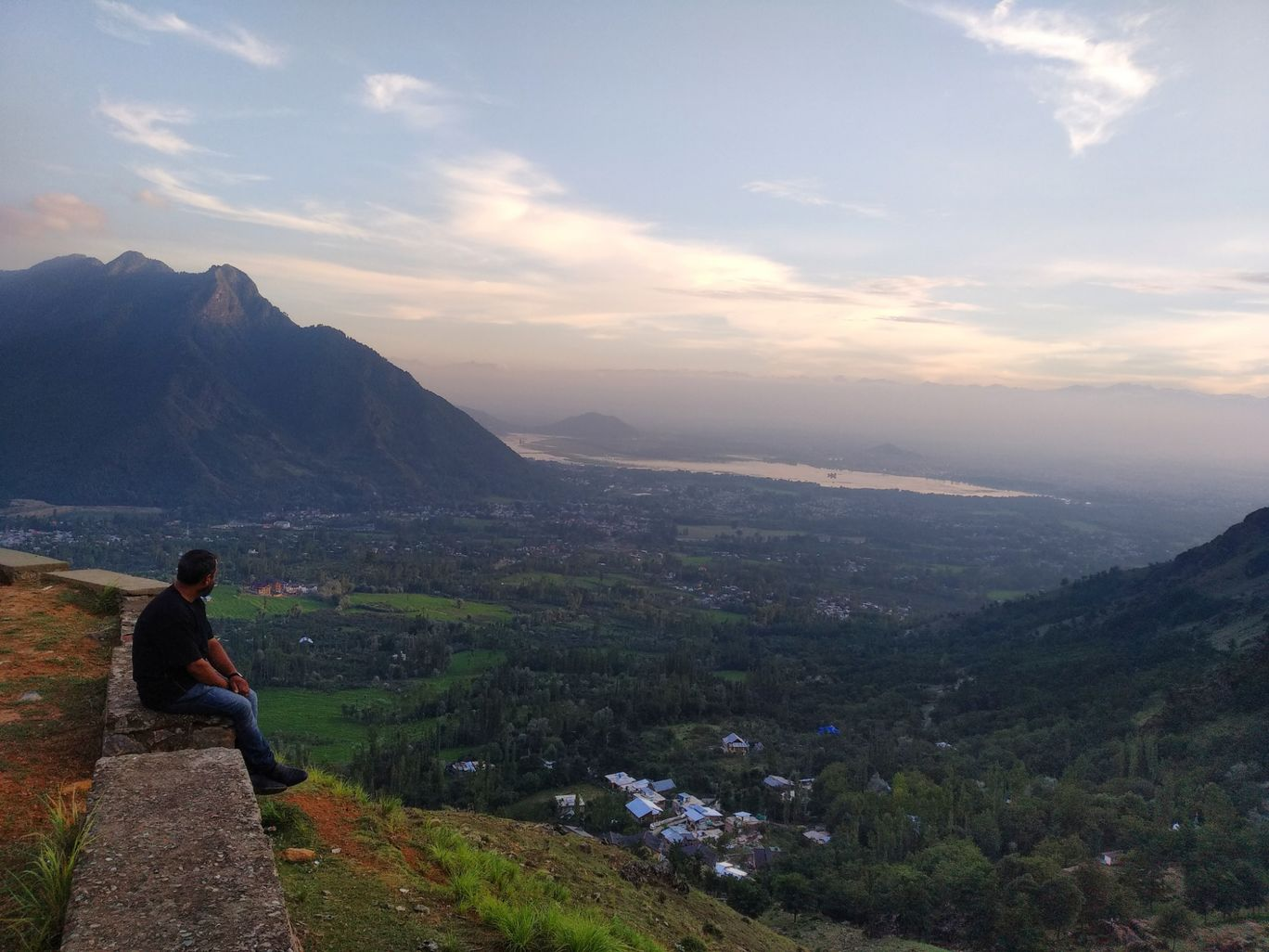 Photo of Places To Visit In Srinagar By Malik Mehrooz