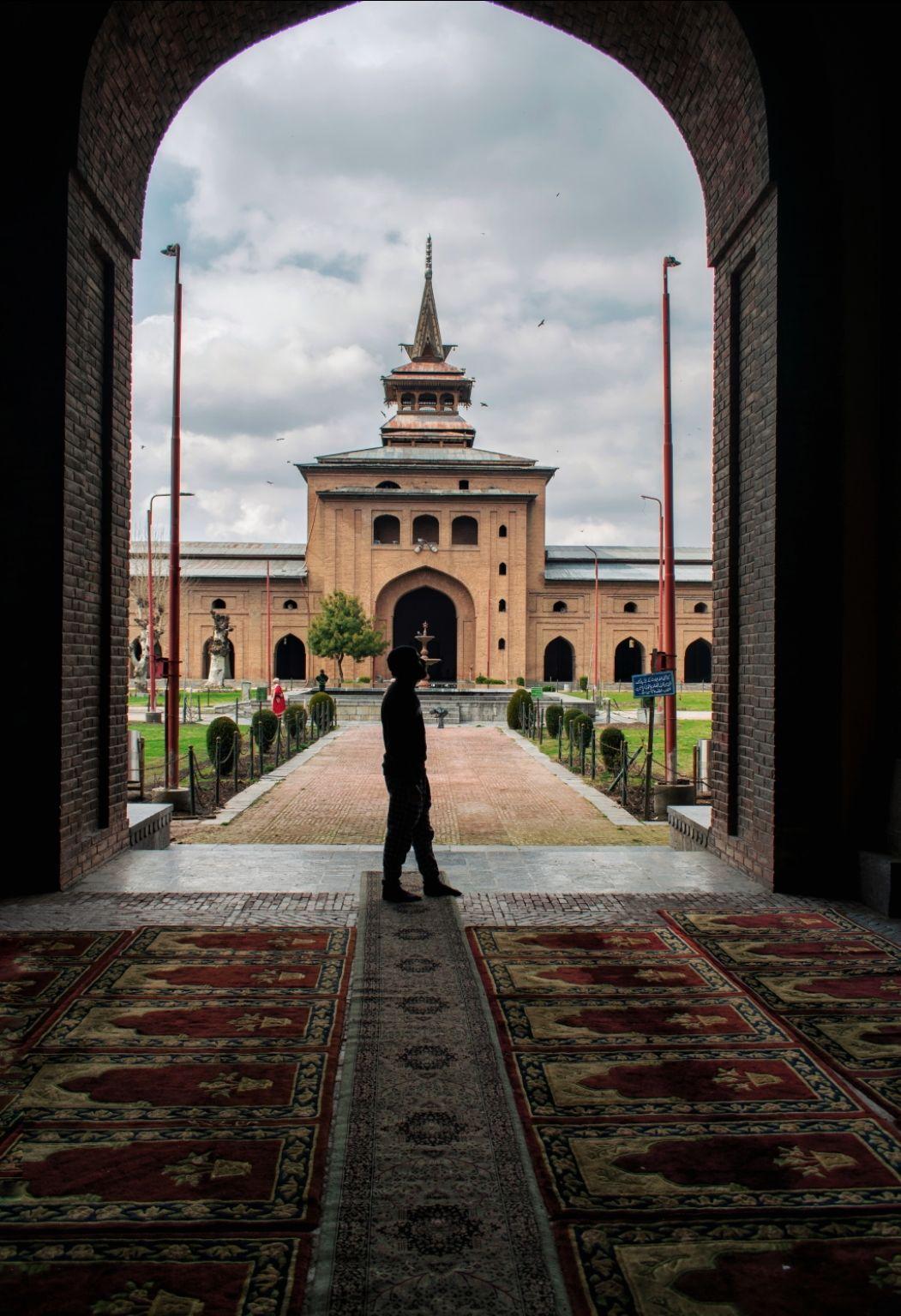 Photo of Jamia Masjid Srinagar By Shah Shais