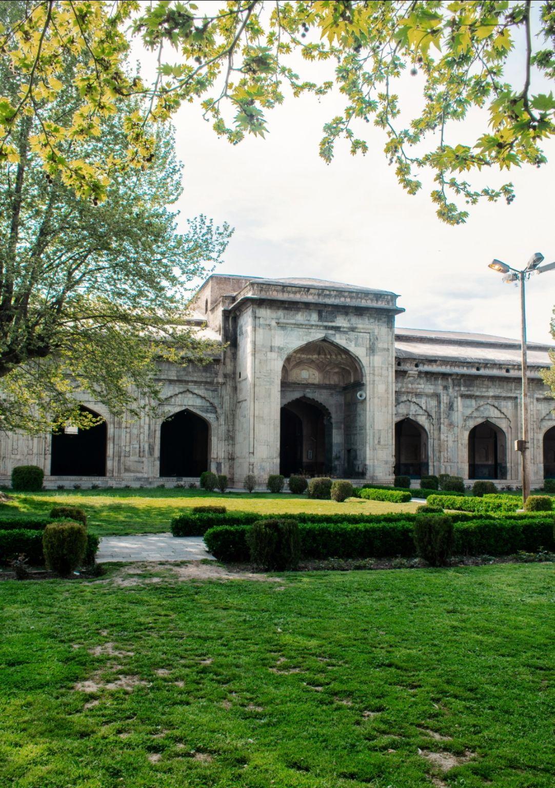 Photo of Pathar Masjid By Shah Shais