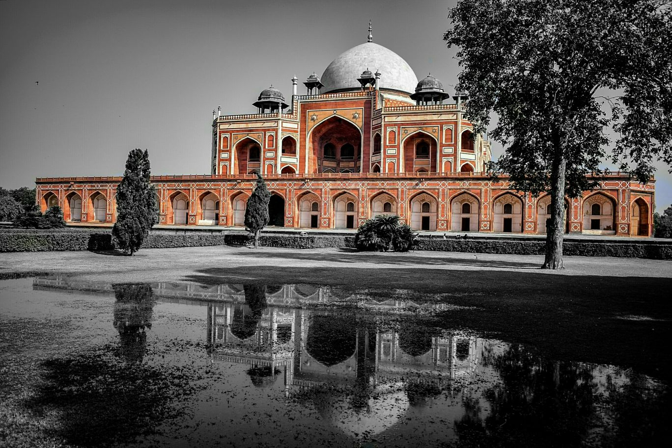 Photo of Humayun's Tomb By Arjun Ahuja