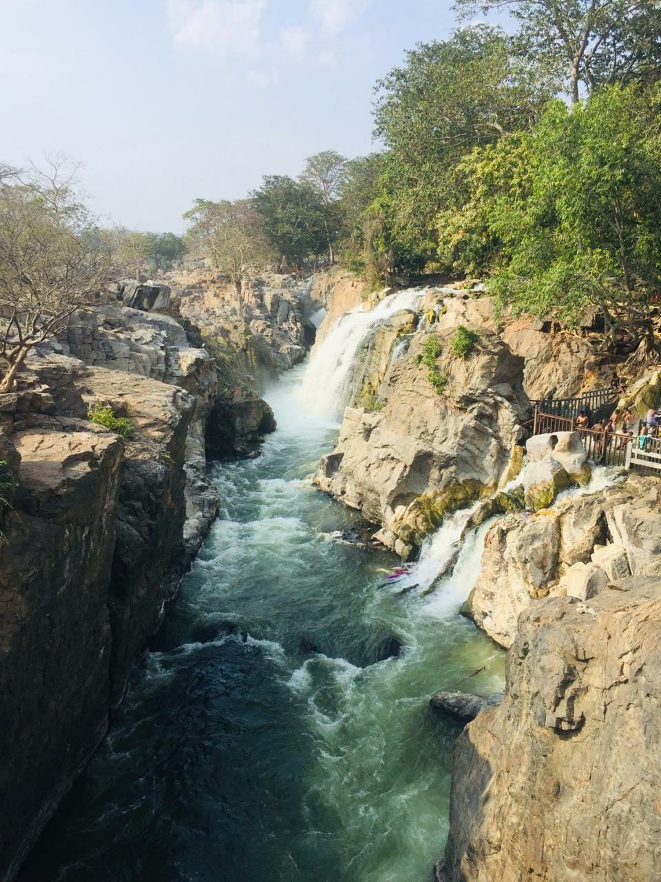Photo of Hogenakkal Waterfalls By Bebin Edge