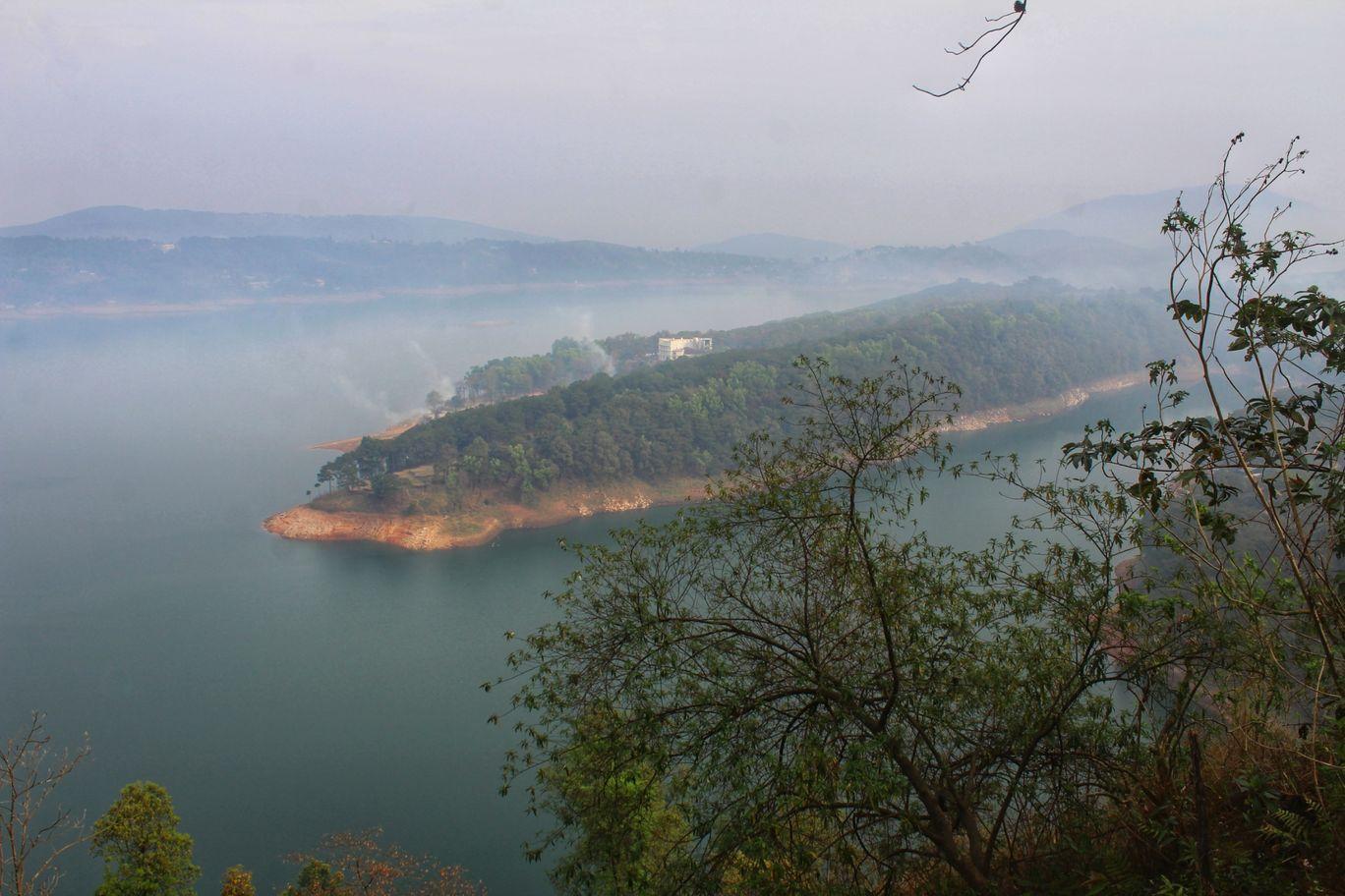 Photo of Umiam Lake By Lavina Solanki