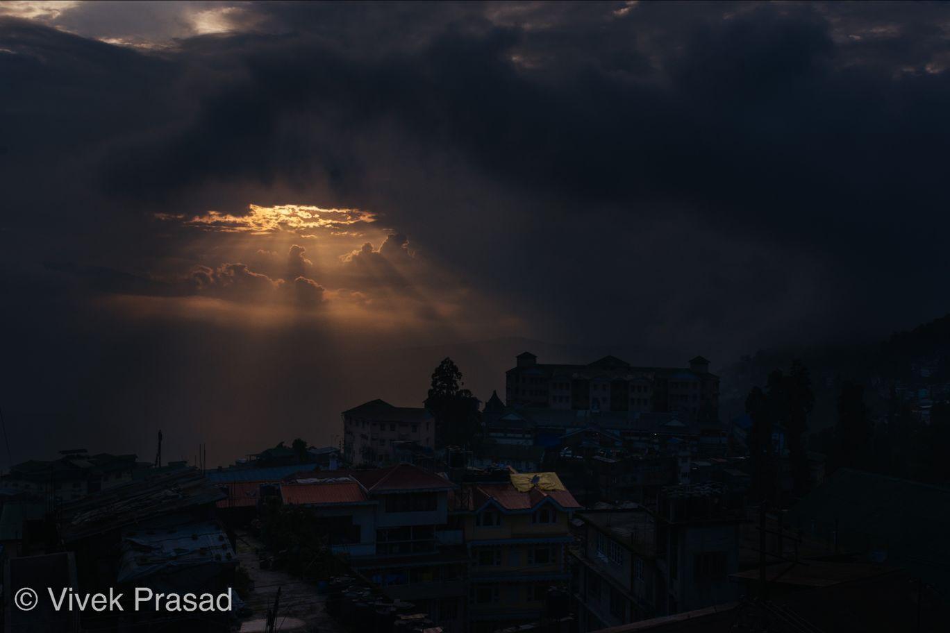 Photo of Darjeeling By Vivek J Prasad