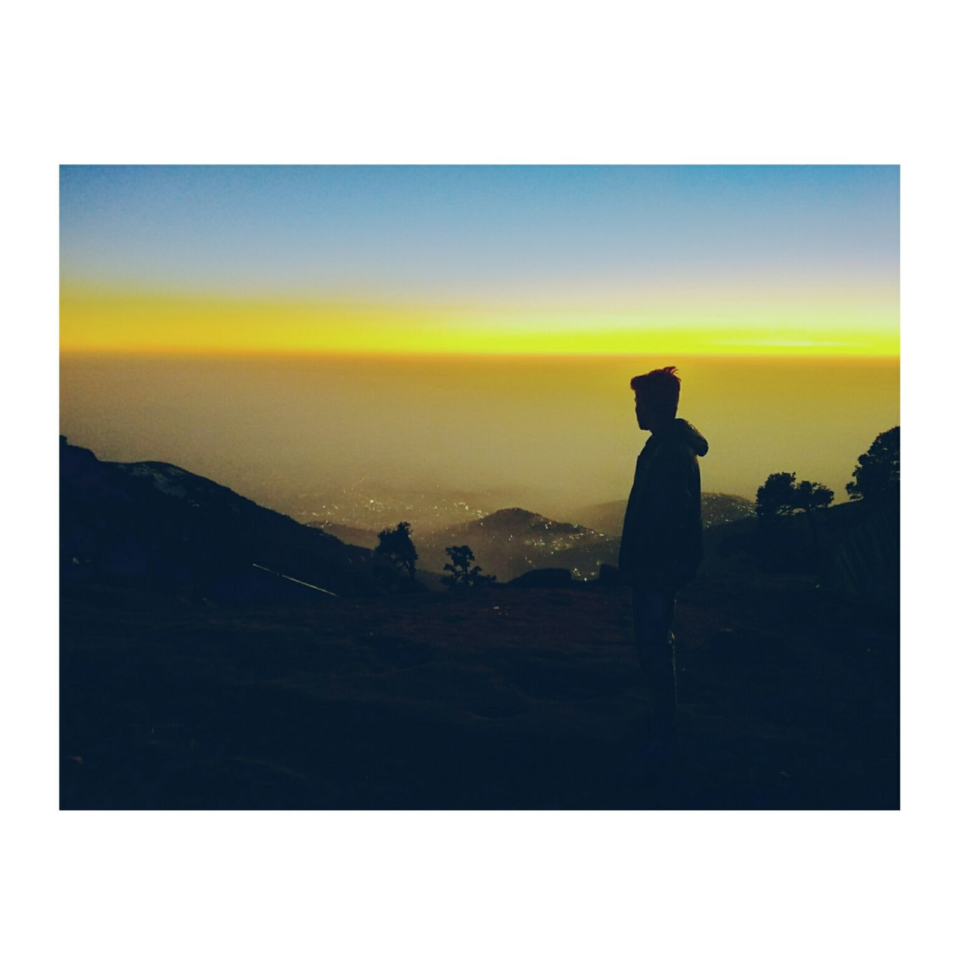 Photo of Triund By Aakash chaudhary