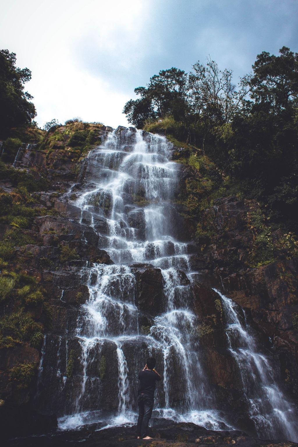 Photo of Tyrshi Falls By Deepsun