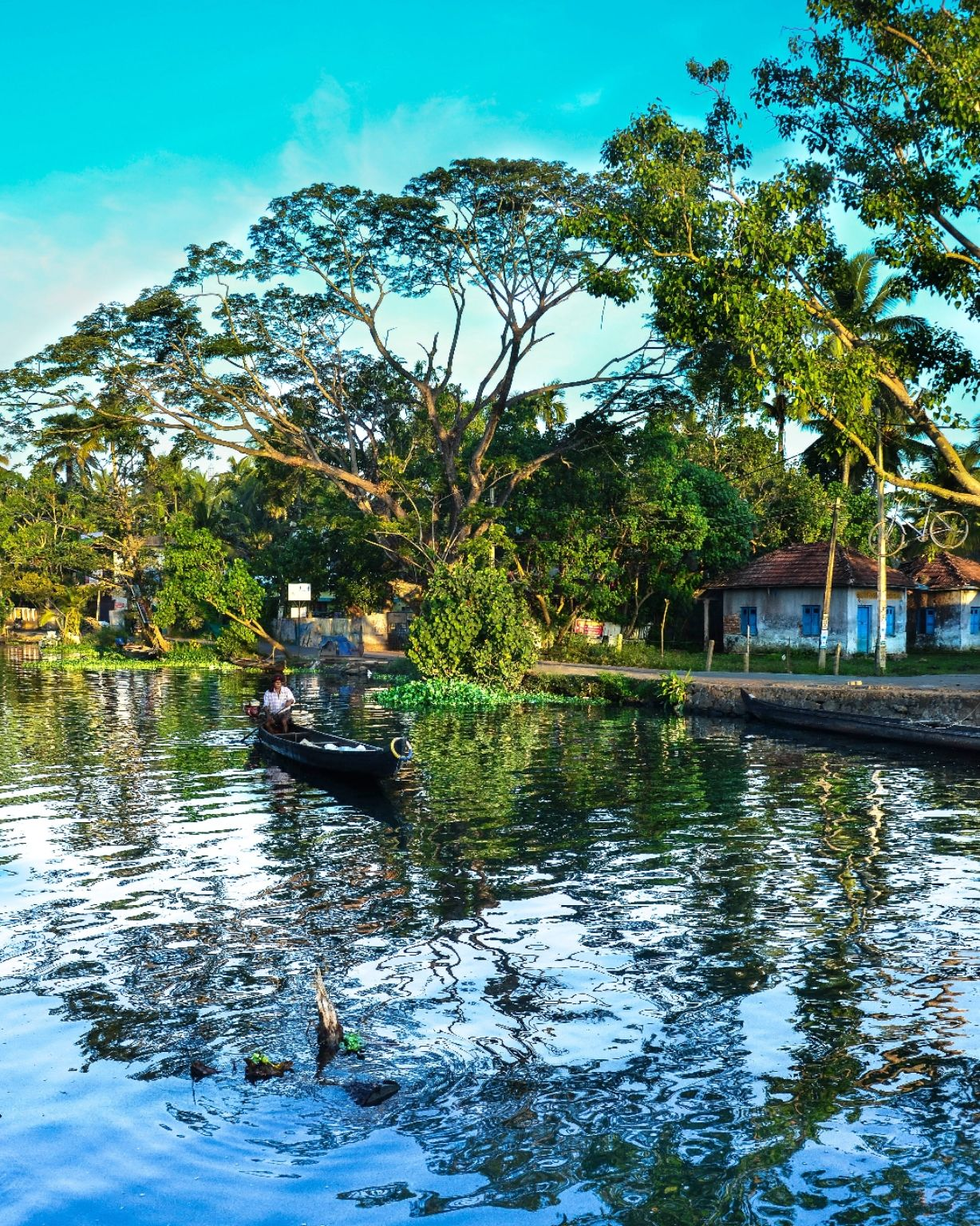 Photo of Alleppey By Aparna Lahiri
