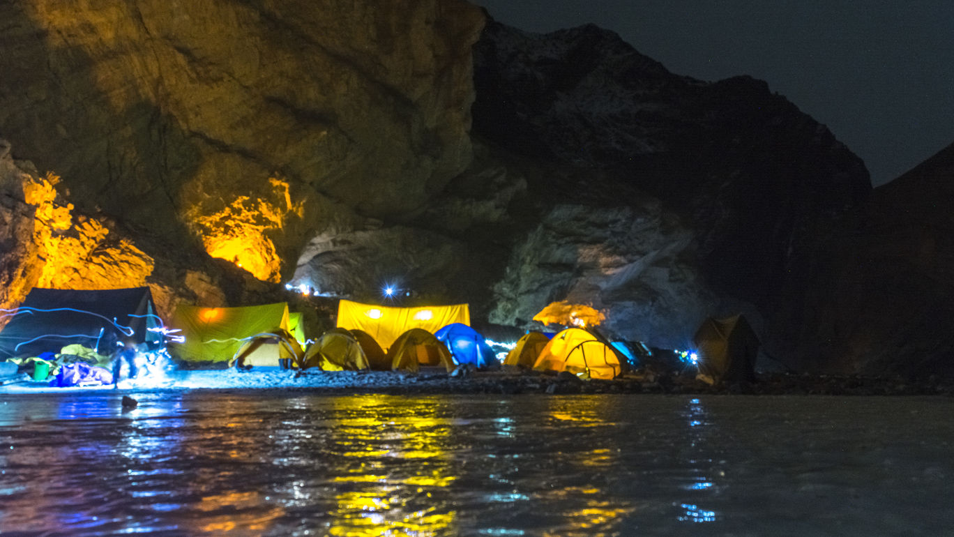Photo of Chadar trek - Trekking In Ladakh - Frozen River Trekking In Ladakh By Saksham Gupta