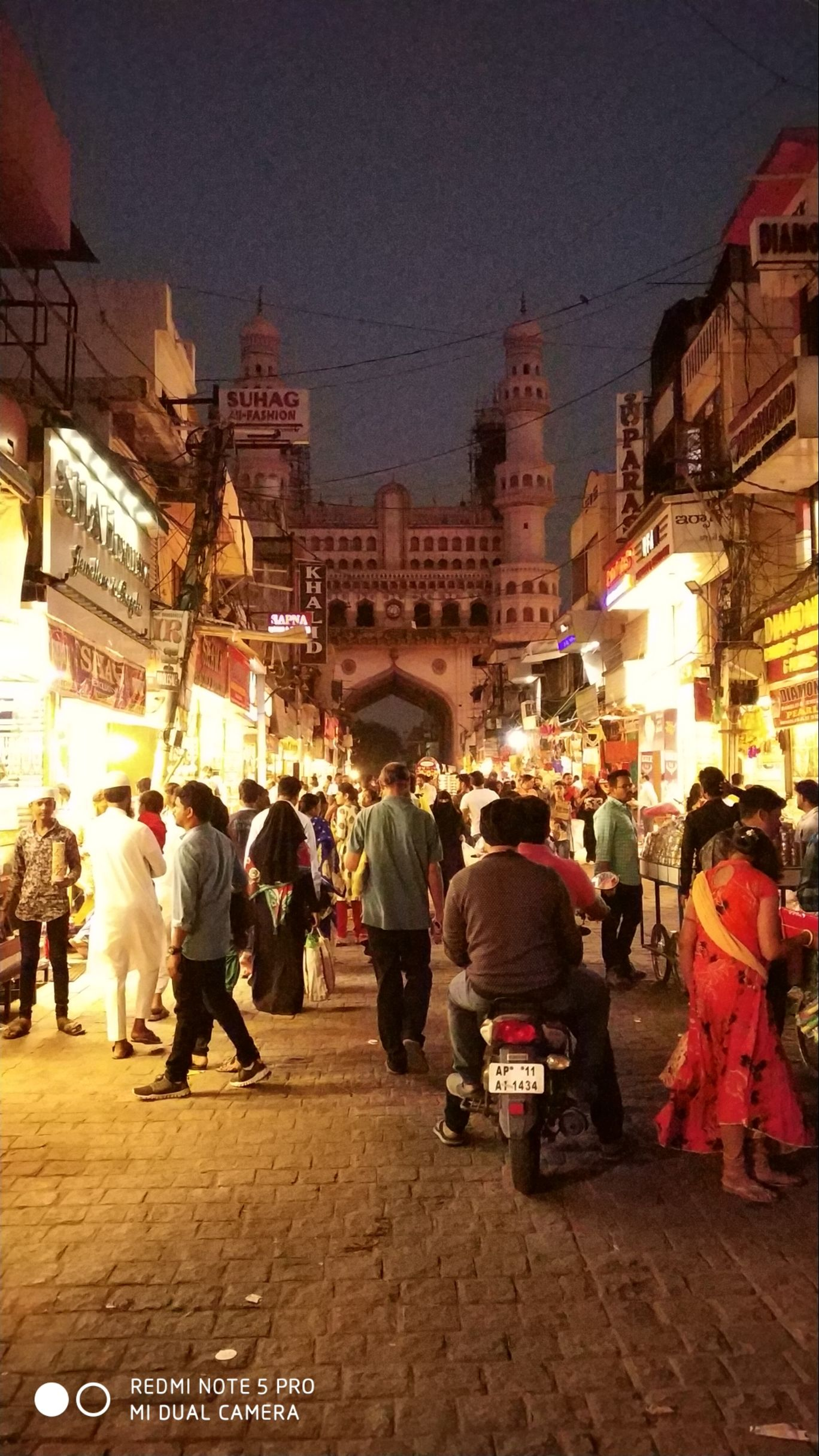 Photo of Charminar By Souraj Datta
