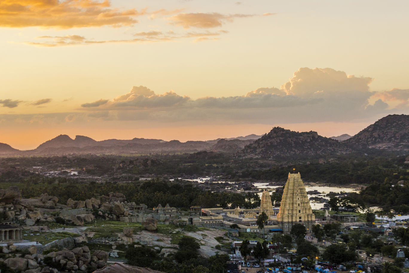 Photo of Hampi By Indian Traveloggers