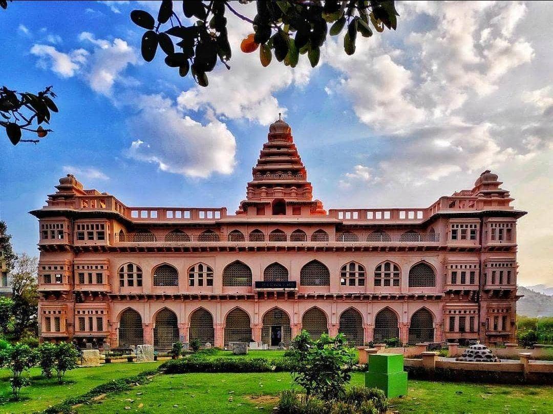 Photo of Chandragiri Fort By Riyaz S