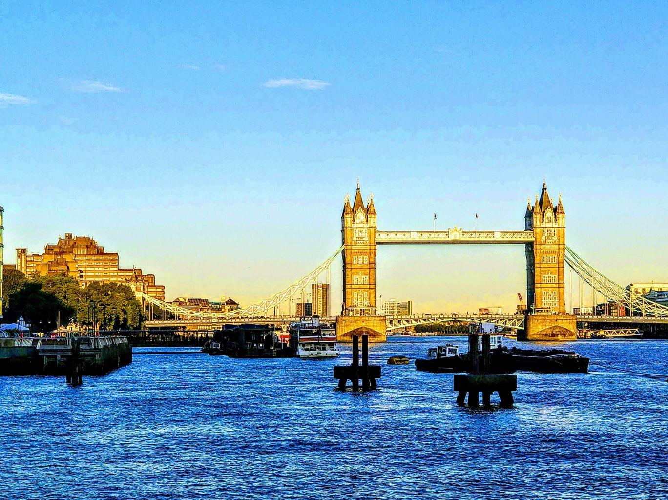 Photo of Tower Bridge By Ishu Choudhary