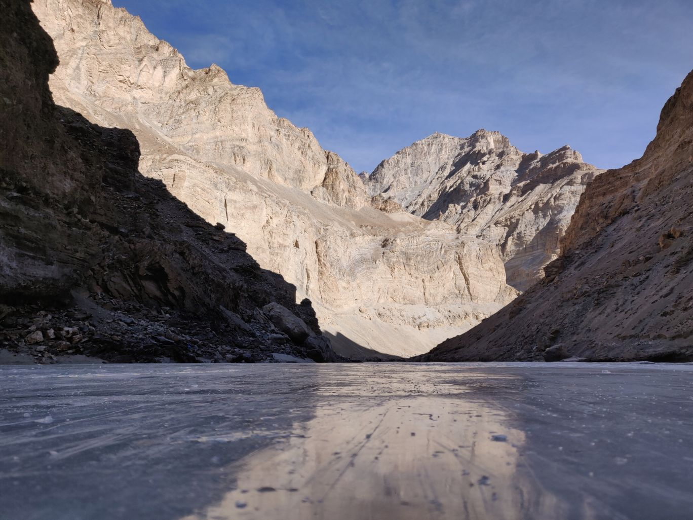Photo of Chadar trek - Trekking In Ladakh - Frozen River Trekking In Ladakh By Kritika Rastogi