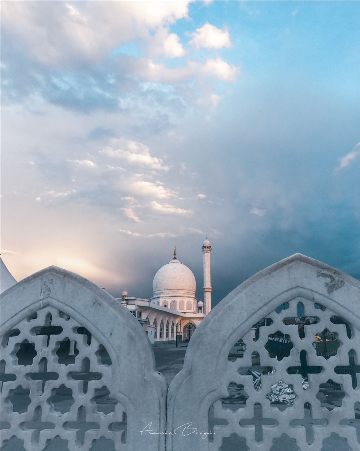 Photo of Hazratbal Dargah Sharif By Kashmir In My Lens