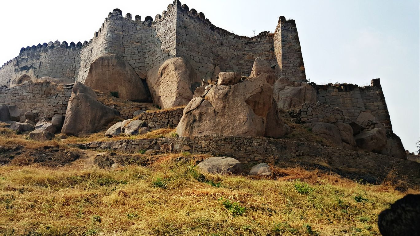 Photo of Golconda Fort By abhishek saini