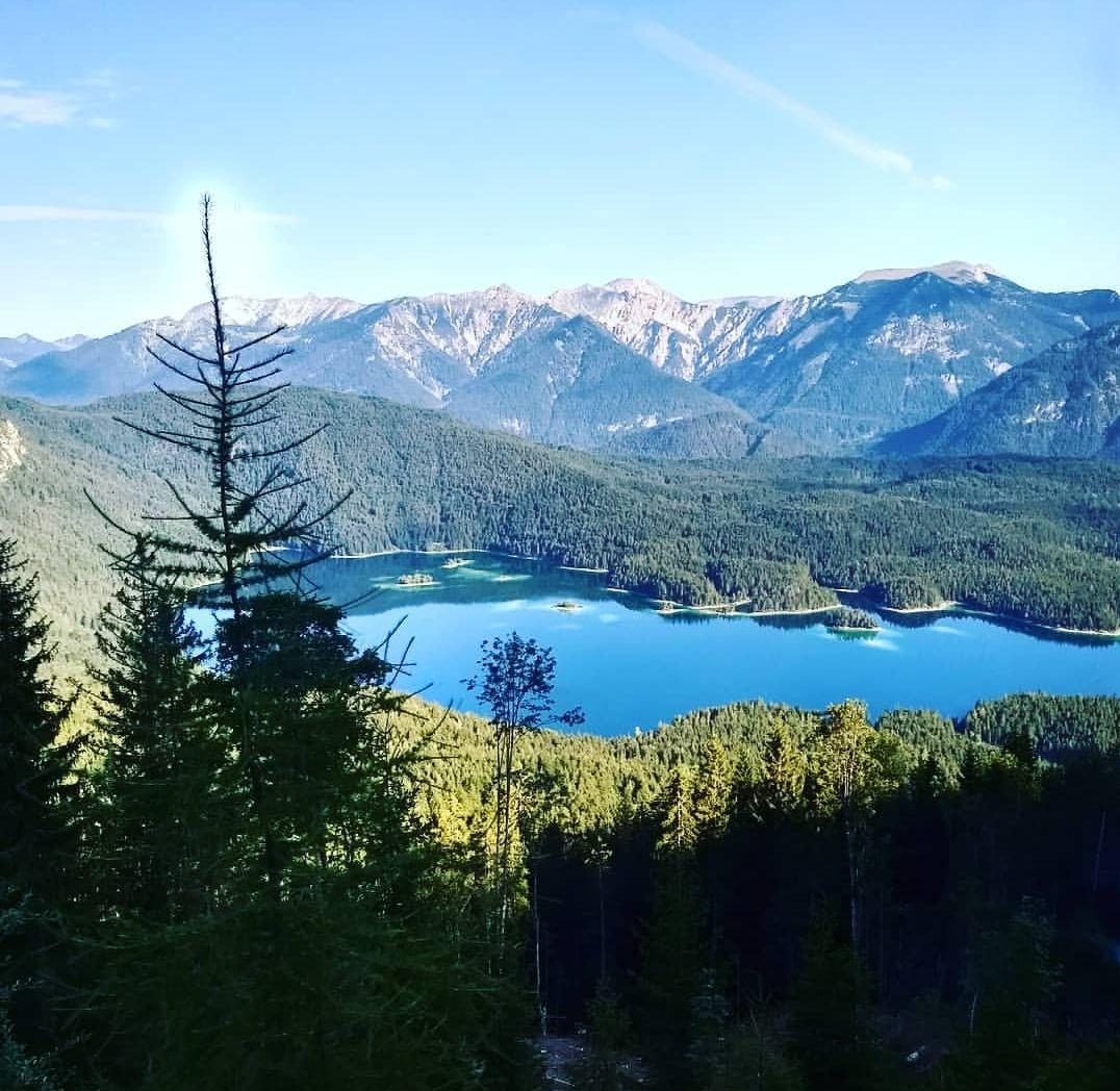 Photo of Zugspitze By Avinash Chouhan