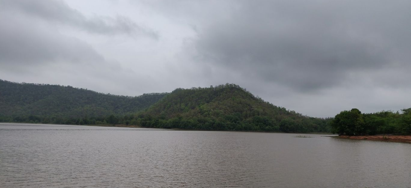 Photo of Kada Dam By Ashish Gupta