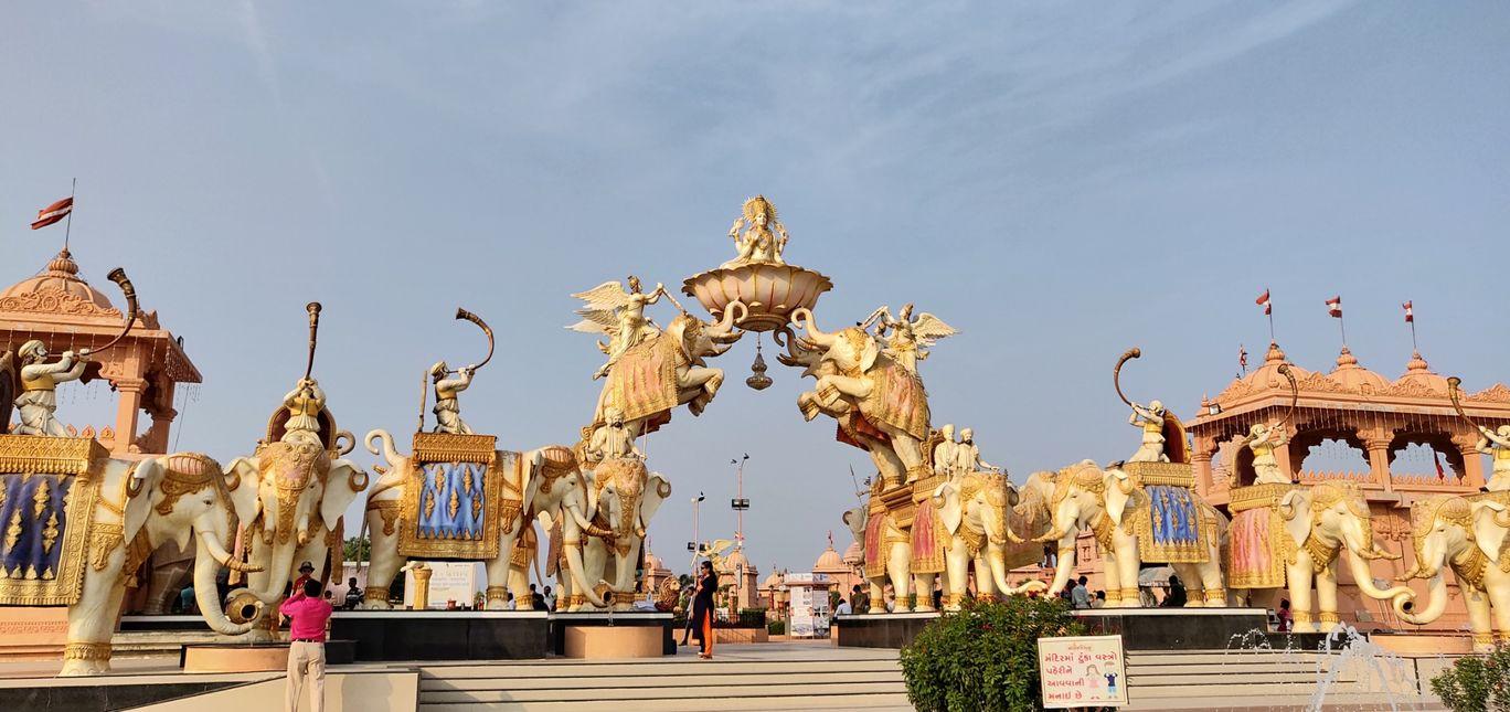 Photo of Nilkanthdham Swaminarayan Temple Poicha By Anmol Singh