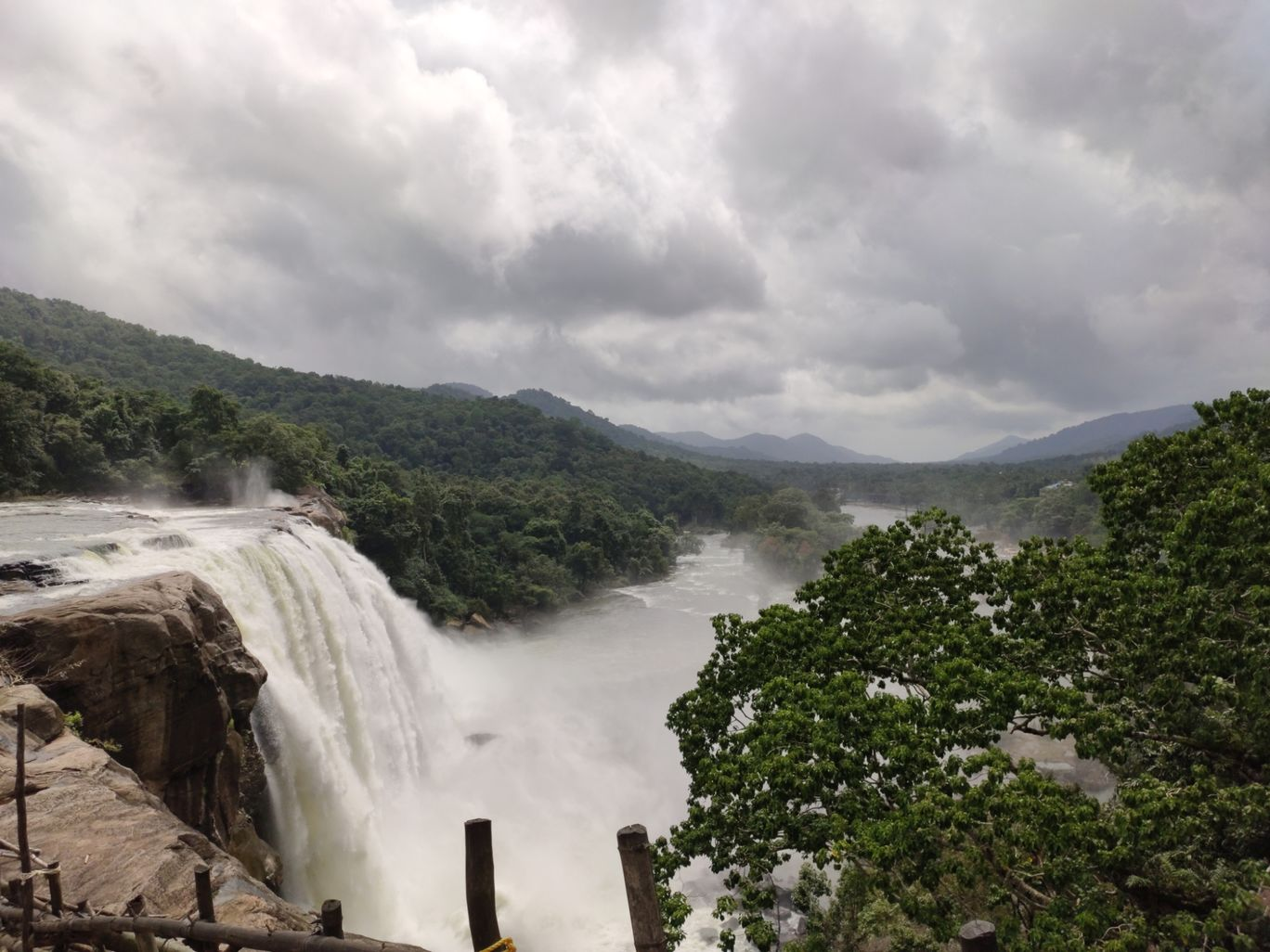 Photo of Athirappilly Water Falls By 99