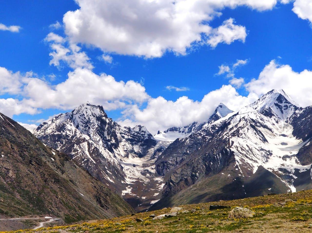 Photo of Kunzum Pass By Hardik Monpara